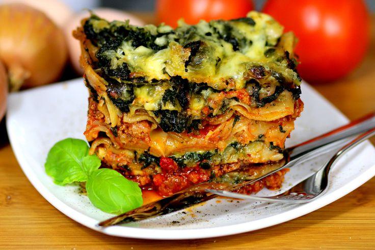 Przepis na Lasagne z mięsem i szpinakiem https://cosdobrego.pl/przepis-na-lasagne-z-miesem-i-szpinakiem/