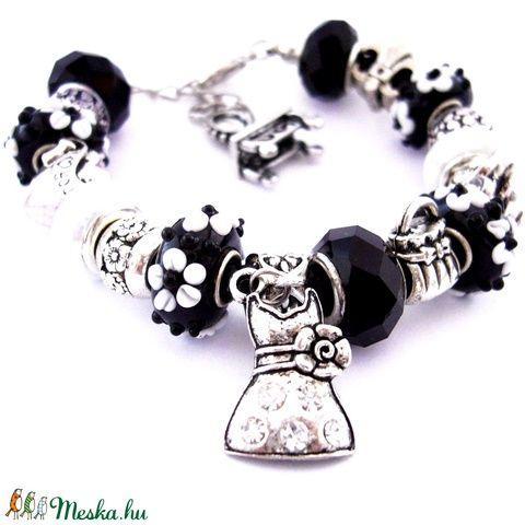 Noir et blanc! - fekete fehér csajos charm karkötő pandora stílusban pillangóval (ButterflyJew) - Meska.hu