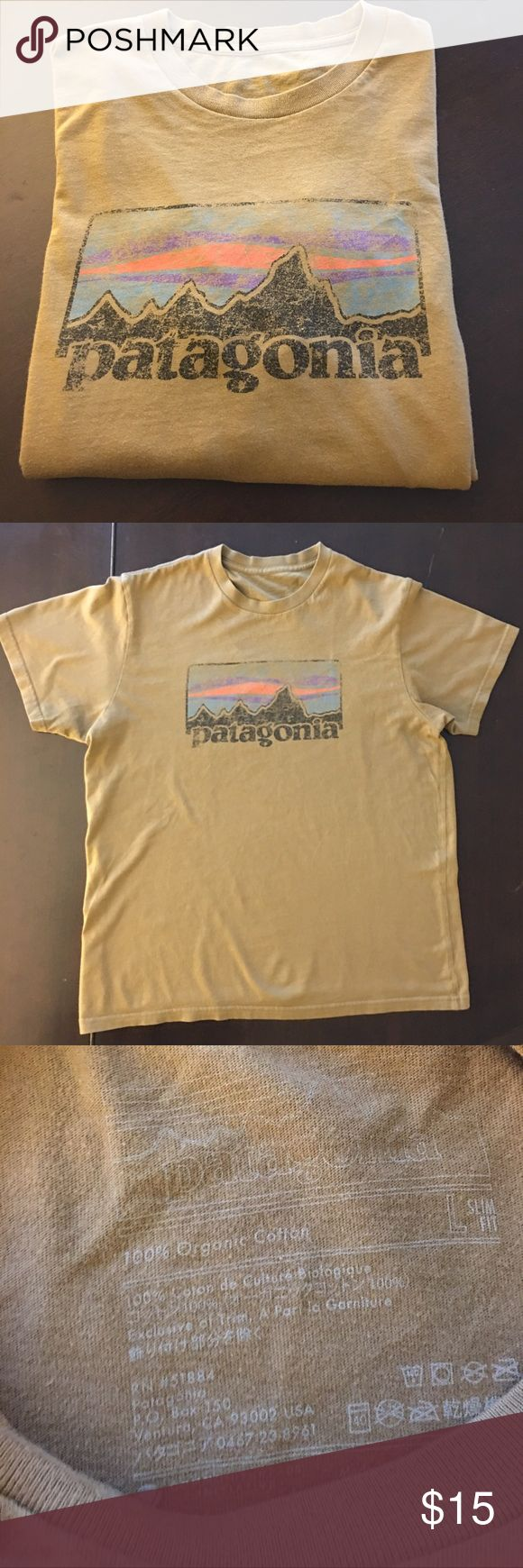 Patagonia TShirt Great condition:) organic cotton no tears or stains Patagonia Shirts Tees - Short Sleeve