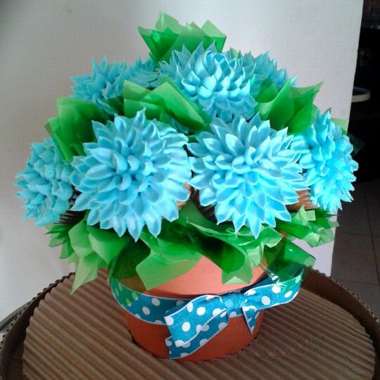 Blue Cupcakes bouquet - Crisantemos