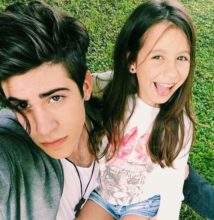 Alejo Igoa y su hermana