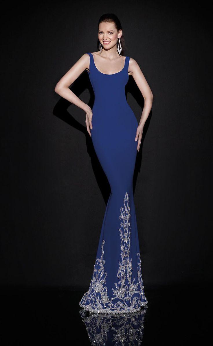 Evening Dress by Tarek Ediz. More photos at: www.efr7.com/…