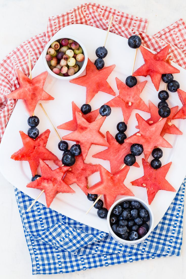 4th of July Fruit Wands | Weelicious