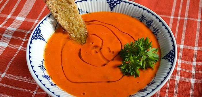 Vuohenjuusto tomaatti keitto