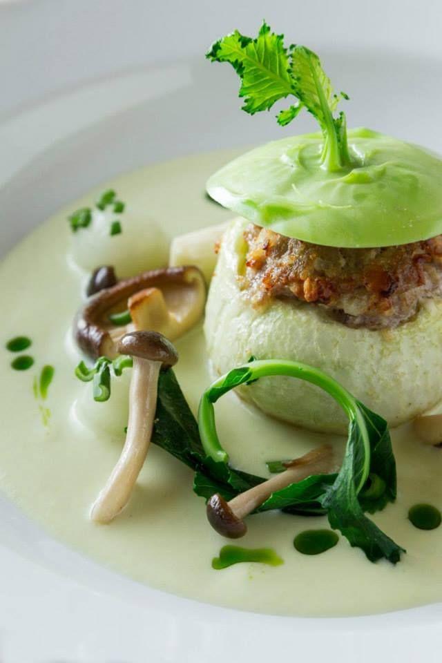 Baltazár http://baltazarbudapest.com/ | Baltazár borjúhússal töltött karalábé gomba  #budapest #design #restaurant #food