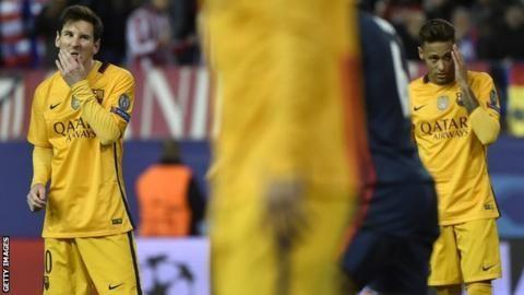 "Bos Barcelona Luis Enrique yang mengatakan timnya yaitu ""di lubang"" setelah mendertia keluar shock Liga Champions. Pemegang yang keluar pada tahap perempat"