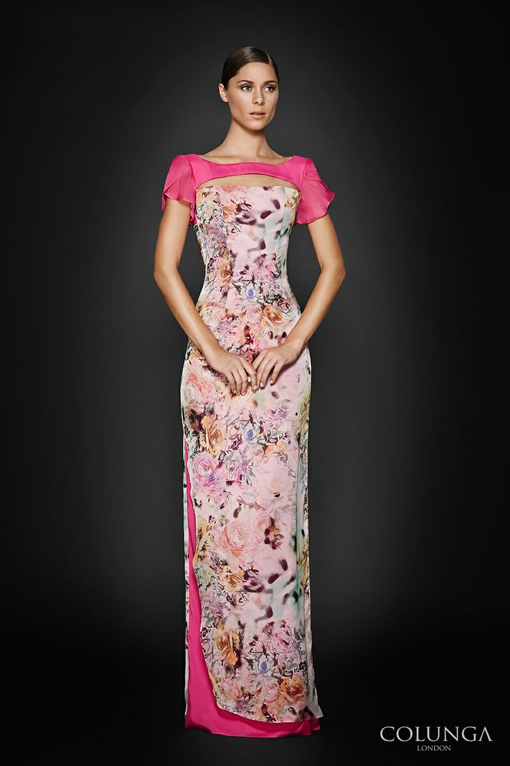Beatrice de Vermandois. Gown of Italian silk chiffon, silk organza and pure silk satin.