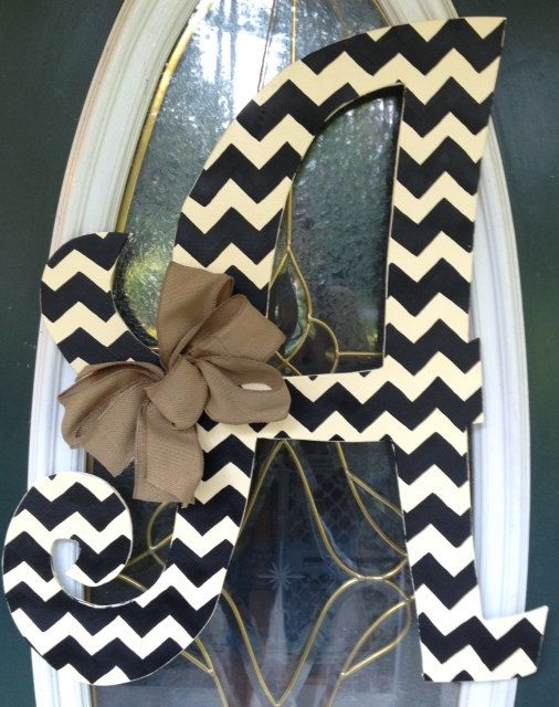 Need this for my front door. Curly Chevron Letter Monogram Door Hanger by EllieBelliesSigns- love this for the front door. #decor