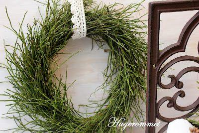 green twig wreath
