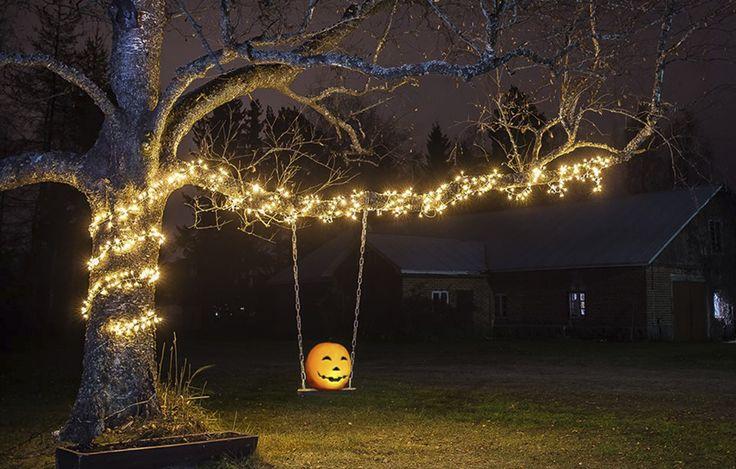 Halloween #viihtyisäpiha #lucialasipaviljonki osana juhlintaa