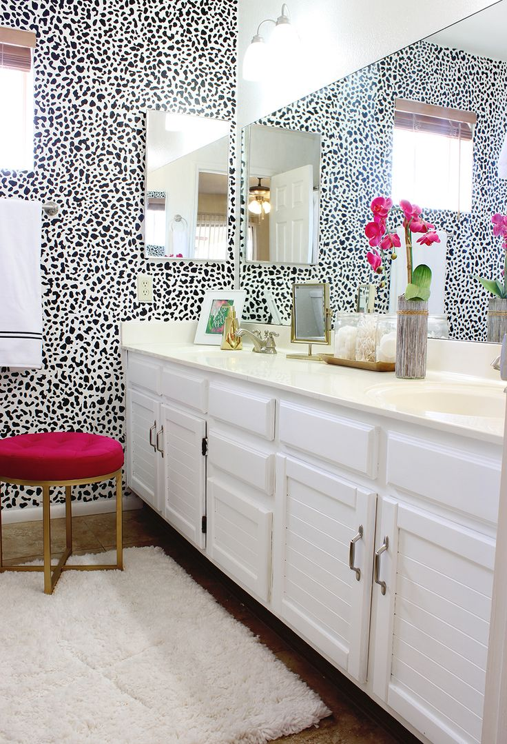 Black white and pink bathroom - Black And White Bathroom Makeover Love The Dalmatian Print And Pops Of Pink