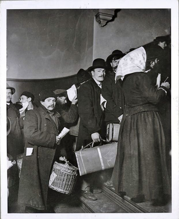 a history of chinese immigration in the united states The history of immigration and emigration in the united states is closely linked to the history of  chinese laborers were brought in by the central pacific.