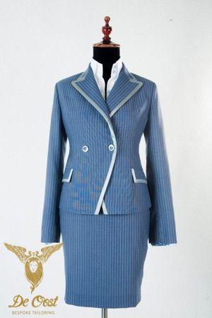 Mantelpak voor dames op maat: Slankmakend Jasje en rok voor werk en gelegenheden. 1950's vintage inspired. Bespoke Ladies Suit: Jacket & Skirt for the job and special occasions. 1950's vintage style.