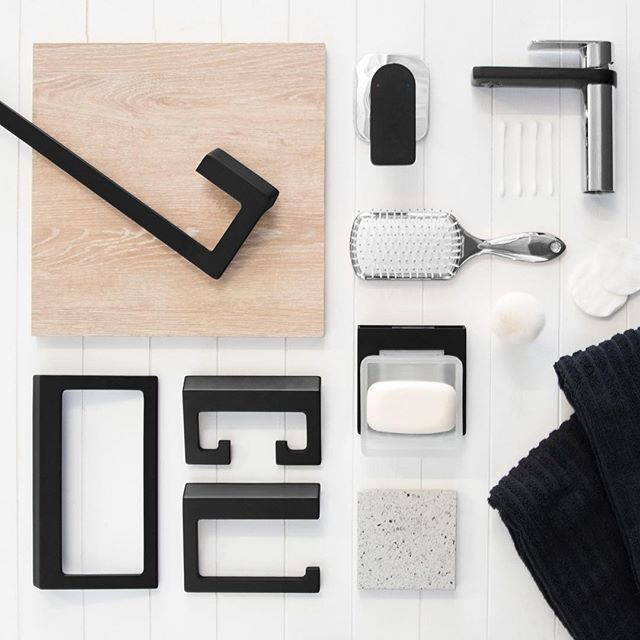 A C C E S S O R I S E ✖️ Our Cosmopolitan chrome & matte black tapware match perfectly with our Time Square accessory range in matte black, creating a chic contemporary look in any bathroom. #jamiejtapware