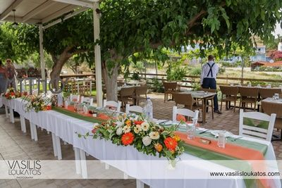 Table decoration with burnt orange & blue table runner & flower cenerpieces #weddingdecoration_reception