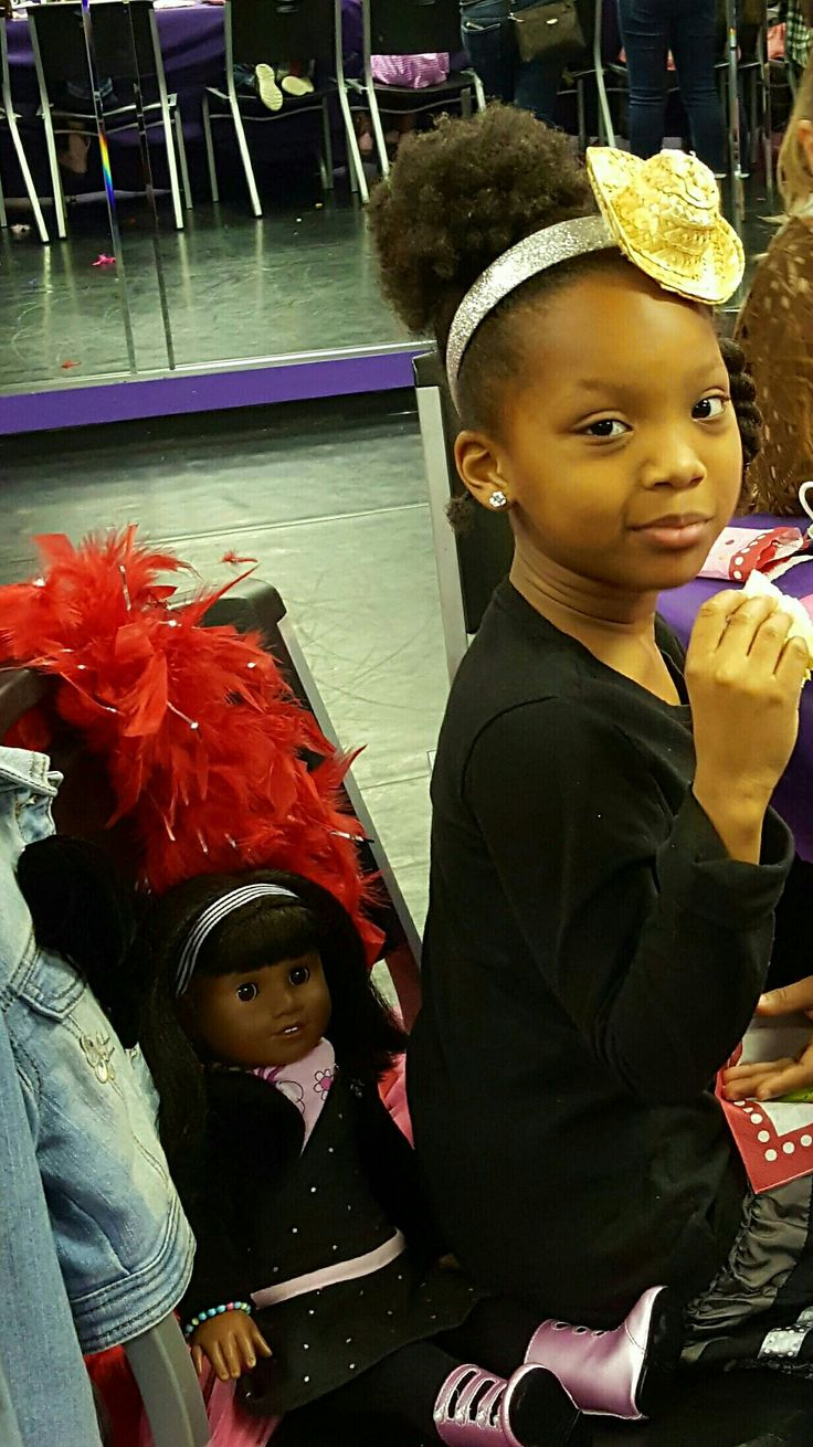 Happy and Blessed Sunday I pray for you all.  Loving my American Girl Brand Doll Melody Ellison we enjoyed tea on Saturday at Vicki Michelle Dance Studio in Spring, Texas.  @agofficial