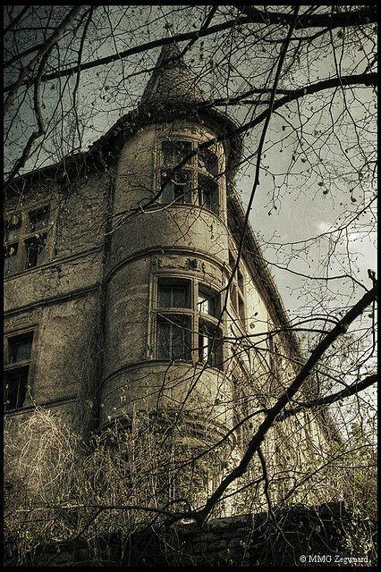 Abandoned Chateau du Lac