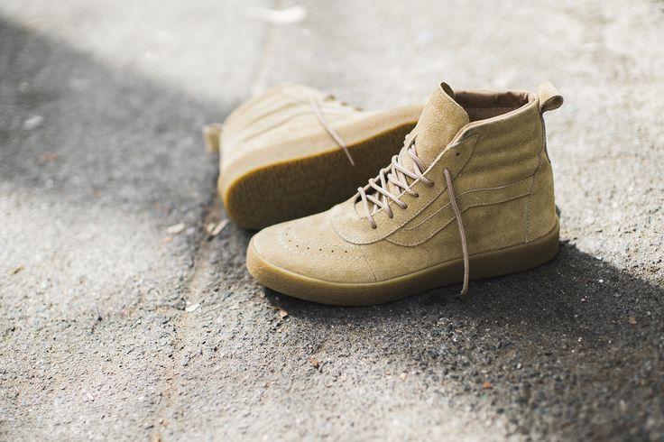 Shoe Surgeon Yeezy Crepe Boot Vans Sneaker ComplexCon