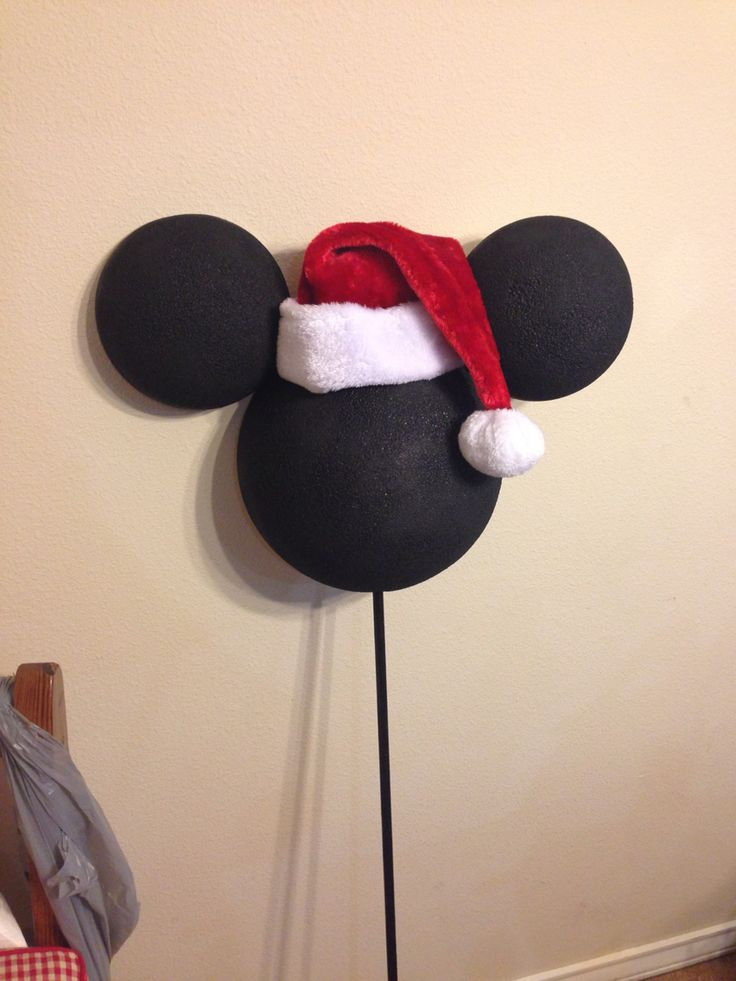 Mickey Mouse Christmas tree topper, 12 inch styrofoam half sphere and 2 6 inch styrofoam  halves!