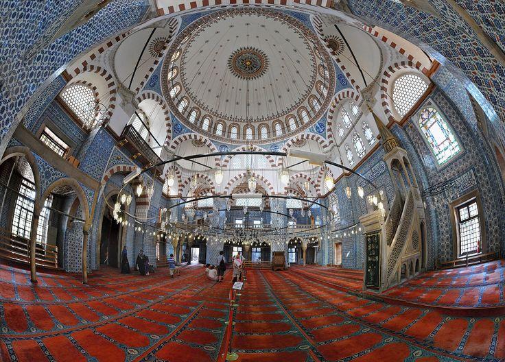 Rüstem Pasha Mosque, Istanbul