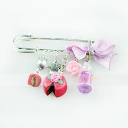 spillone color argento - charms con angelo perla e torta in fimo