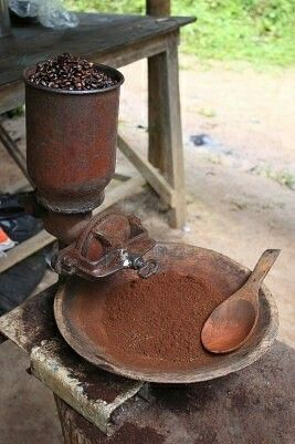 Antique #Coffee grinder #Gift #Coffeelovers