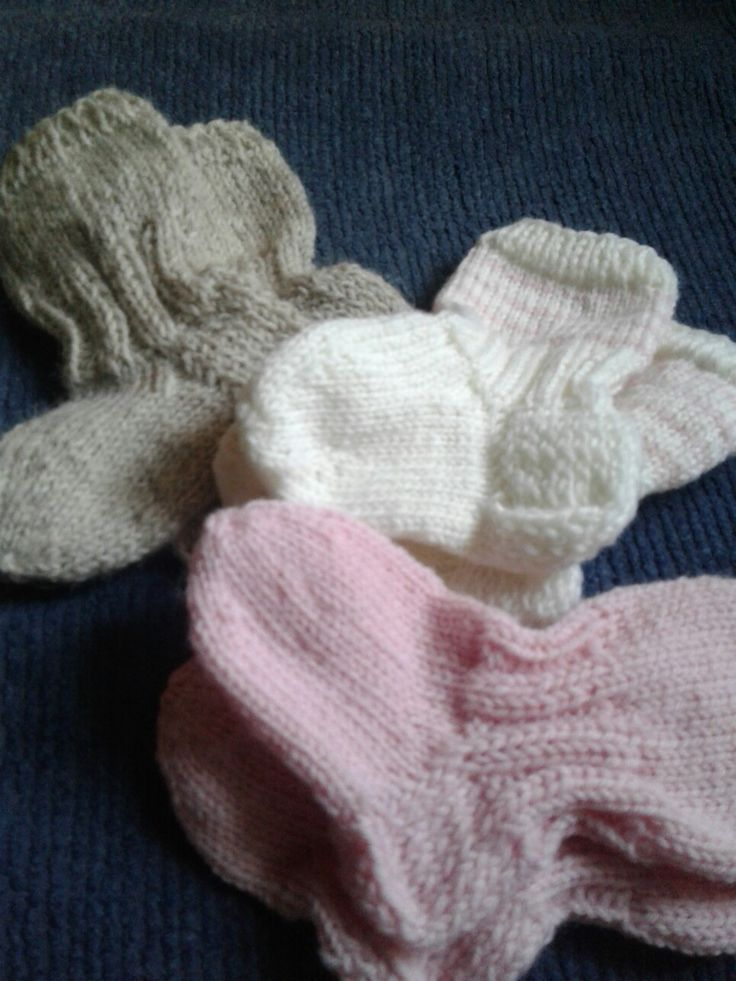 Harjoittelun neulomaan sukkia