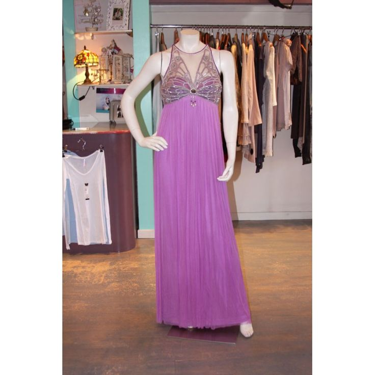 Relax in elegant evening dresses by the most prominent global brands online.