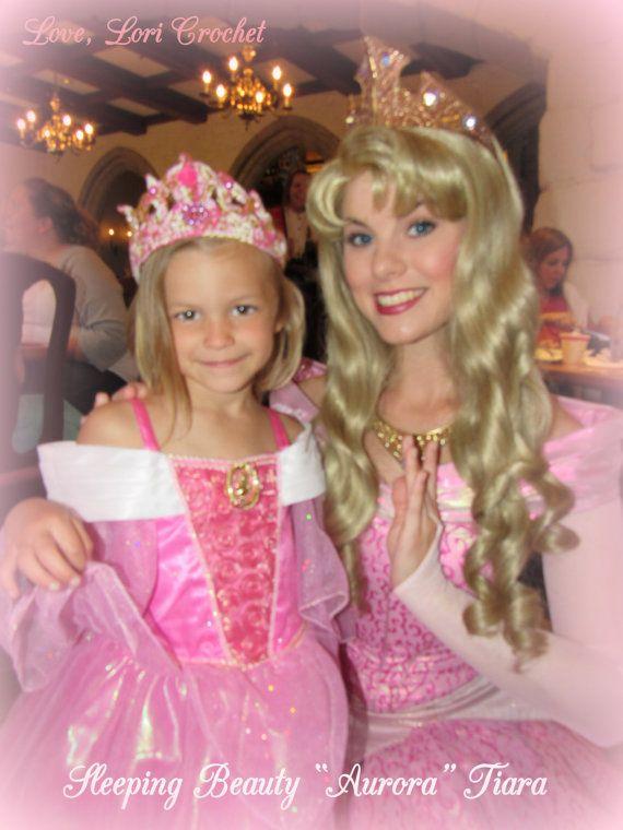 Disney la bella durmiente Aurora Tiara traje de por LoveLoriCrochet