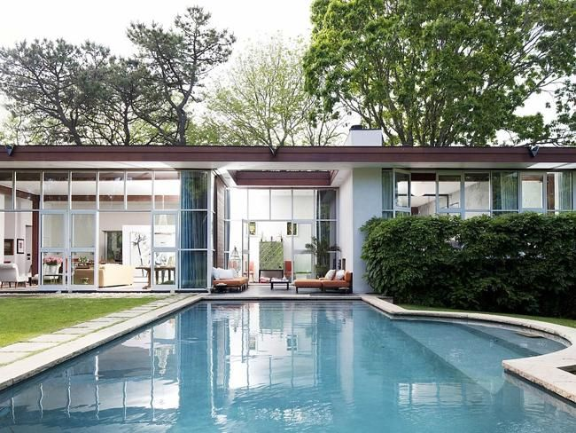 Inside the amazing home of a magazine editor - The sale of American Vogue editor-at-large Candy Pratts Price's home has given us a rare insight into the dwellings of one of the most stylish people on the planet.  http://www.news.com.au/lifestyle/home/inside-the-amazing-home-of-a-magazine-editor/story-fneuz5ql-1227211573886