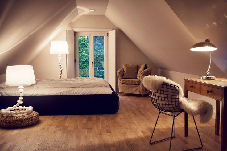 traumhaftes-Ferienhaus-an-der-Ostsee-Seehaus-Ahrenshoop-Schlafzimmer