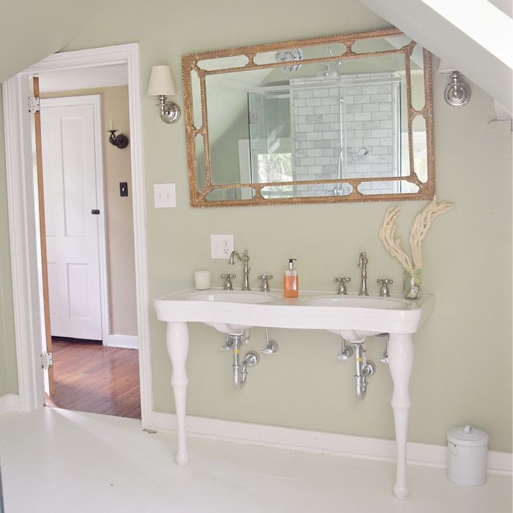 Modern French Bathroom: 1000+ Ideas About Modern Farmhouse Bathroom On Pinterest