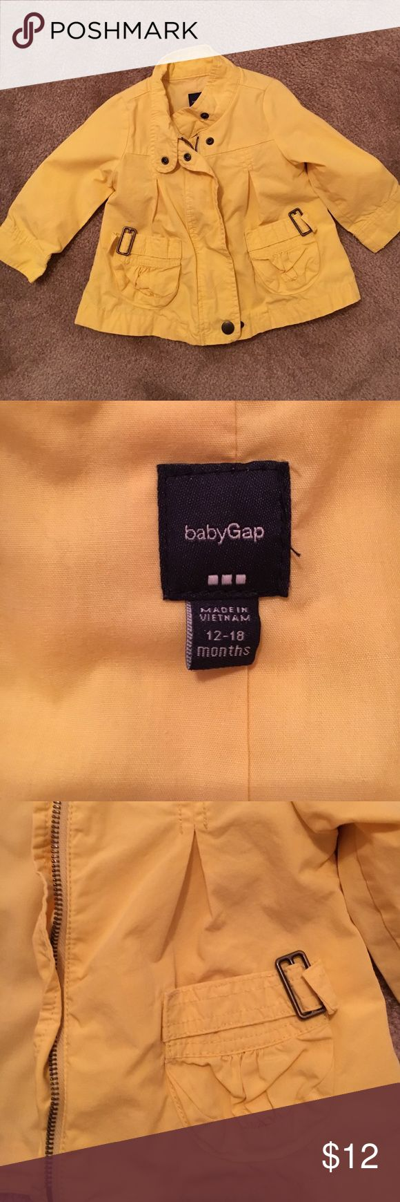 Gap jacket 12-18 month girls Gap jacket 12-18 month jacket in perfect condition. So cute! GAP Jackets & Coats