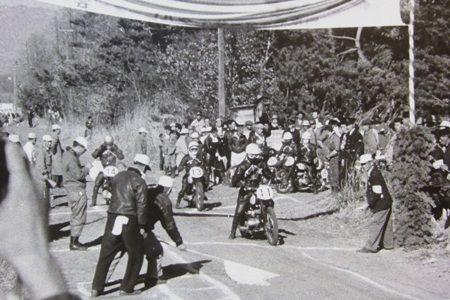 1955, 第1回浅間高原レース 経過(ウルトラ・ライト級)