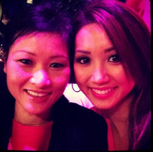 Бренда Сонг с мамой