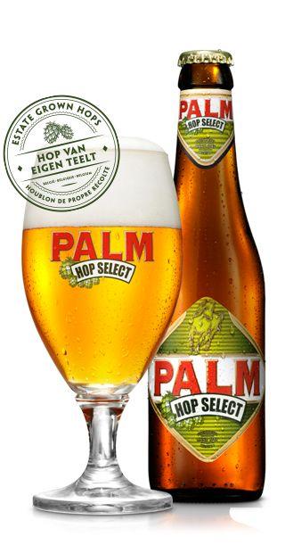 PALM Hop Select is een complex maar gebalanceerd degustatiebier van hoge gisting met een verstandig alcoholgehalte. Zijn specifieke hoparoma is afkomstig van de aromarijke hopvariant Hallertau Mittelfrüh. De zorgvuldig geselecteerde PALM-gist geeft dit bier zijn banaanachtige fruitigheid, de speciale PALM-mouten zijn subtiele karameltoets. De hergisting op fles verzekert een fijne pareling en uitstekende bewaring. PALM Hop Select ondergaat een hopping in 3 fasen. Een eerste hopgave bij het…