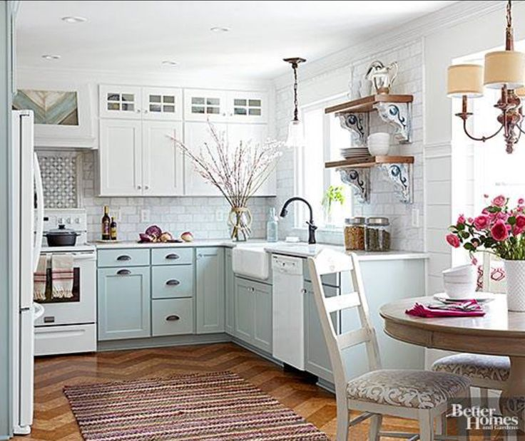 Cottage Kitchen Flooring Continued: Best 25+ Small Kitchen Makeovers Ideas On Pinterest