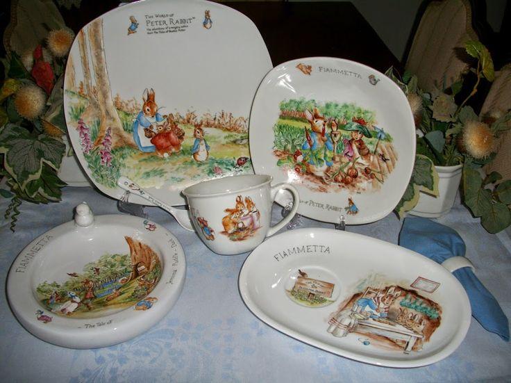 BEATRIX POTTER PETER IL CONIGLIO Porcellane per bambini dipinte a mano servizi pappa e colazione (96 foto)