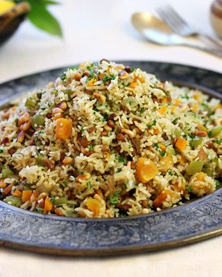 Pilaf with lentils, pine nuts and apricots - MediterrAsian.com