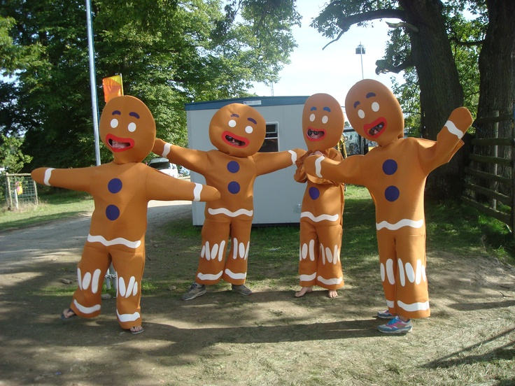 Gingerbread men costume for the Polichinelles and Mother Ginger