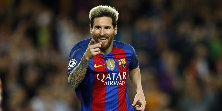 Mauricio Pochettino belum lama ini ikut memberikan pendapatnya terkait perdebatan mengenai siapa yang lebih hebat, Lionel Messi atau Diego Maradona.