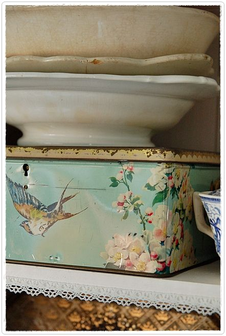We're so used to cardboard, that these old tins are becoming treasures. They are beautiful. I once received a florist bouquet in one. I still have the tin.