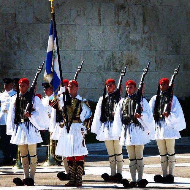 Happy Greek Independence Day ΖΗΤΩ 25 ΜΑΡΤΙΟΥ #greece #athens #evzones #25march #hellas #greekindependenceday #culture #history #greekhistory #freedomordeath