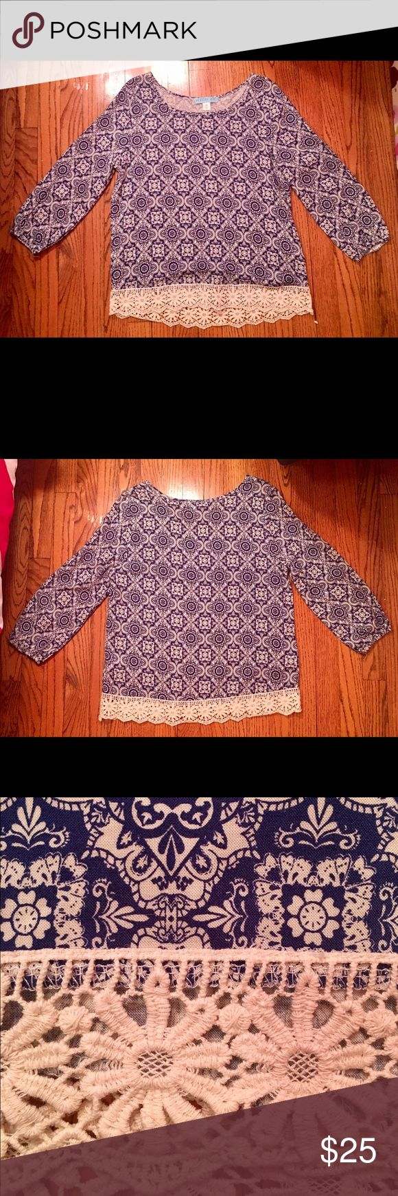 Blue and white long sleeved blouse LOVE this top! Great for a night out in the city and you can dress it up or down! Tops Blouses