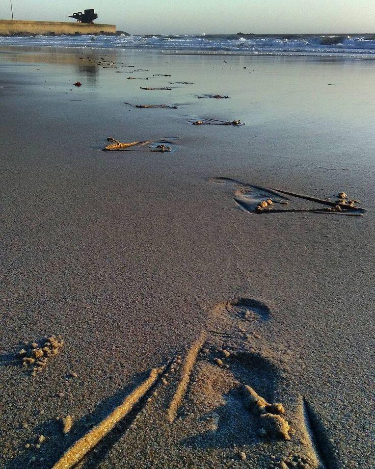 Mais um dia de treino Linha de Onda hoje foram os nossos Masters que deixaram a sua pegada na areia! #masterfootprint #treinomastersldo #mastersoftheuniverse by linhadeonda
