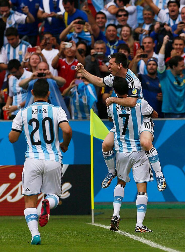 FINAL!!!!! #ARG 3 - #NGA 2 Argentina se clasifica a octavos de final como 1° del grupo F y espera rival. pic.twitter.com/WfHN9zLHV0