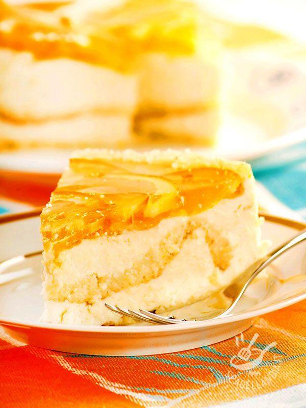 TORTA DI RICOTTA ALL'ARANCIA Come resistere a questa meraviglia? Con la Torta di ricotta all'arancia servirete in tavola un classico sempre gradito, squisito e irresistibile.