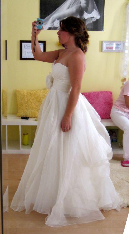12 best wedding dress bustle images on Pinterest | Short wedding ...