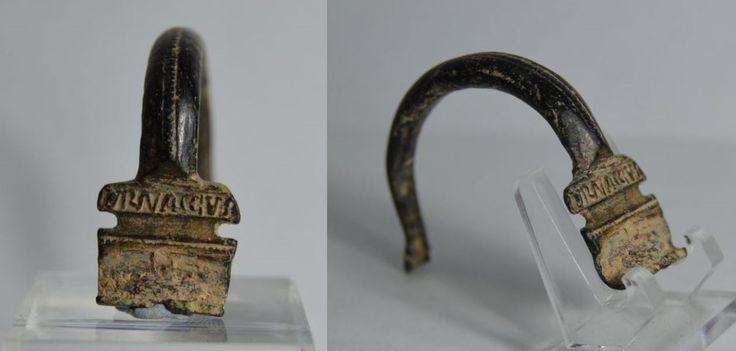 Roman fibula, roman aucissa type inscribed fibula, 1st-3d century A.D. Roman fibula, roman aucissa type bronze inscribed fibula, inscribed VRNACCVS, 3.8 cm long. Private collection