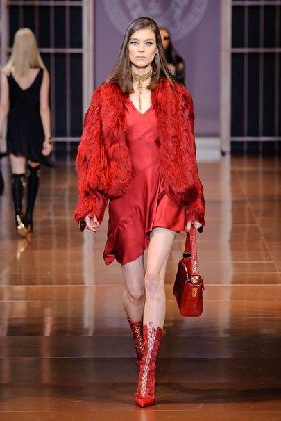 Короткие платья красного цвета